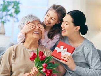 Поздравление мамы на юбилей 75 лет - фото darunok.ua