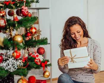 Красивый новогодний подарок - фото darunok.ua