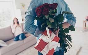 Хороший подарок супруге на 25 лет - фото darunok.ua