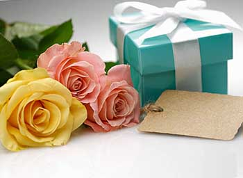 Хороший и практичный подарок - фото Дарунок