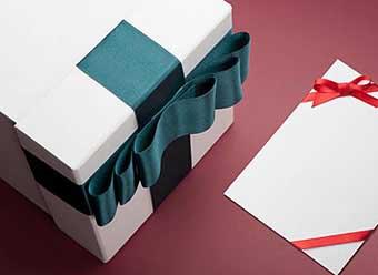 Оригинальная упаковка подарка - фото Дарунок